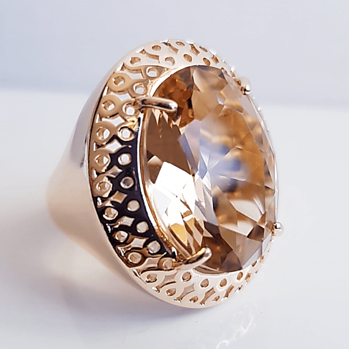 Anel cristal champanhe oval 20x15mm , modelo Lolita