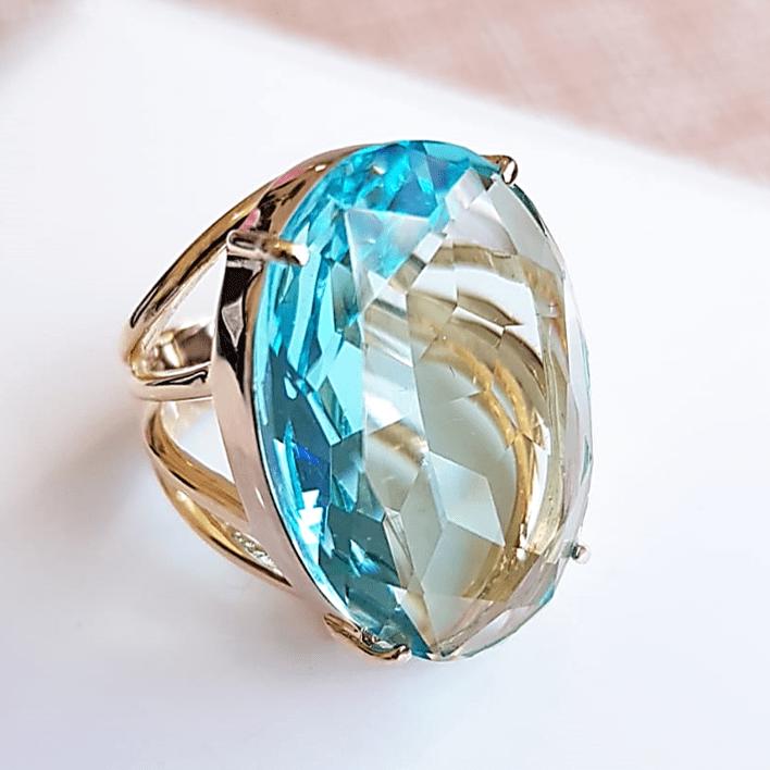 Anel cristal azul aquamarine oval 25x18mm - modelo 4 aros - numeração pequena- modelo Blenda