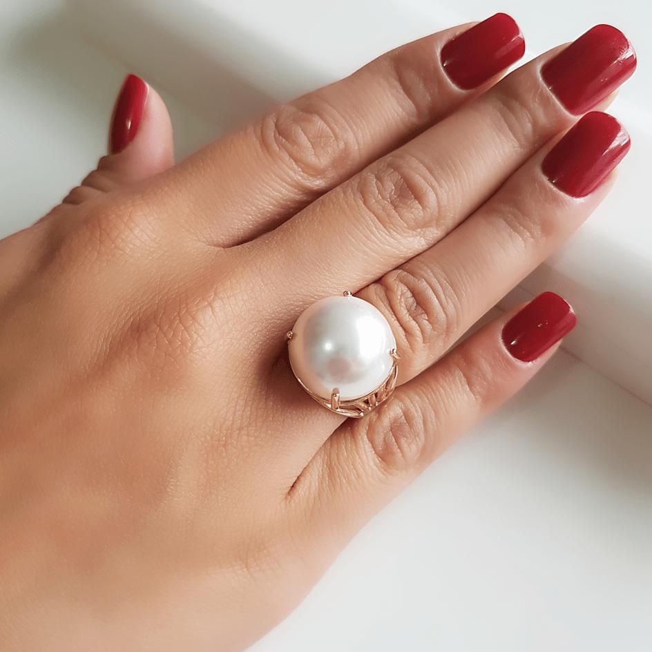 1-Anel pérola shell branca redonda - modelo Bia