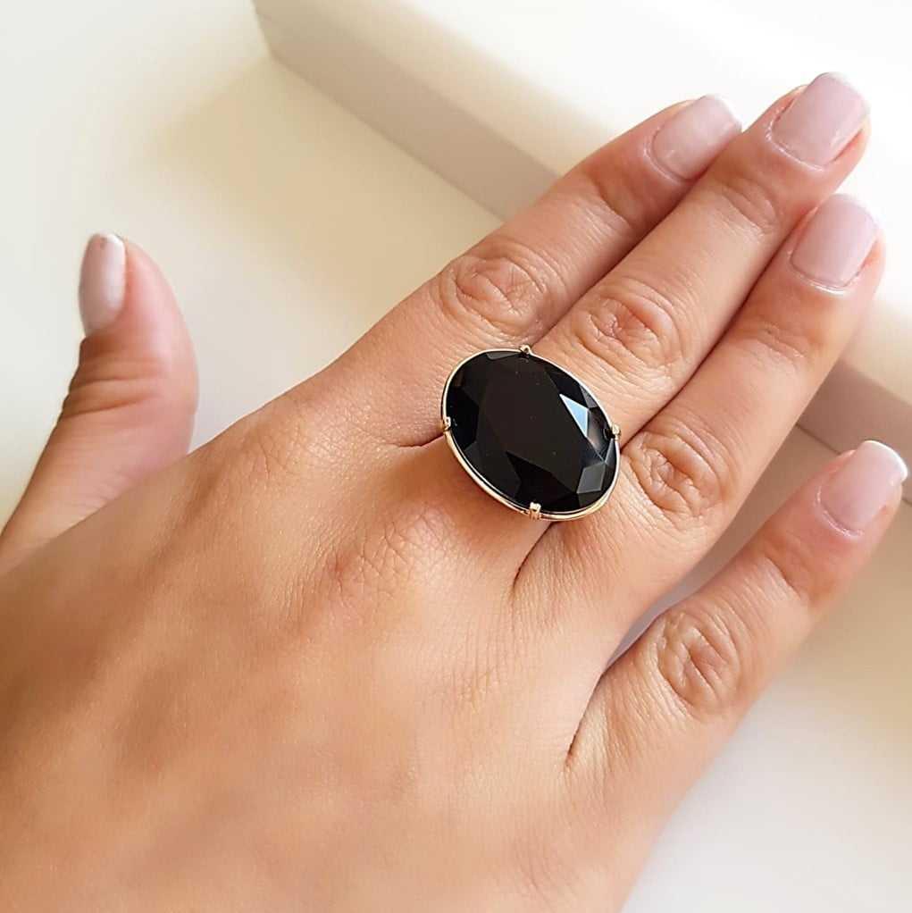 Anel cristal preto ônix oval 18x25mm - Modelo Xadrez transversal