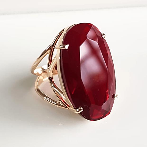 Anel cristal vermelho rubi oval 25x15mm - modelo Clarice
