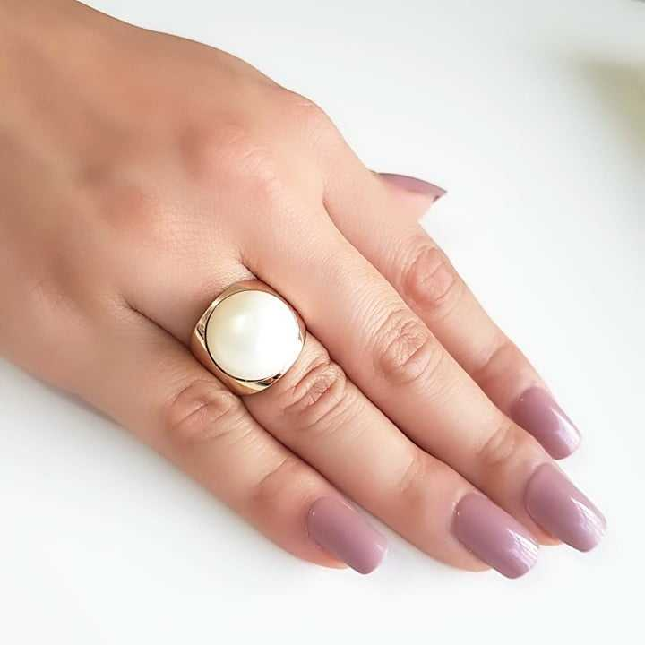 Anel pérola shell redonda