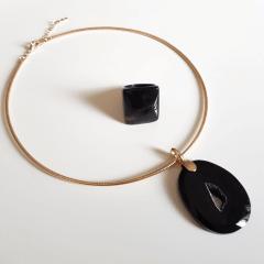 Conjunto Singular - pedra natural drusa ágata negra - colar e anel  - modelo 2
