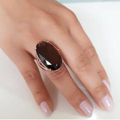 Anel cristal marrom fumê - 28x17mm - Modelo Fiorela