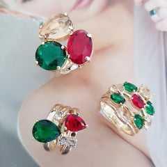 Anel cristais multicolor - rubi/esmeralda - modelo Lavínia