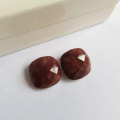 Brinco pedra natural quartzo marrom -formato quadrado- 15mm