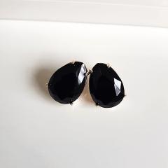 Brinco gota cristal preto ônix-18x13mm