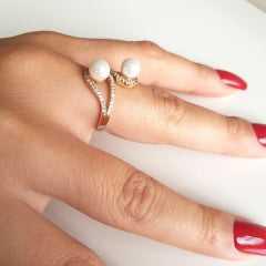 anel pérolas shell com zircônias