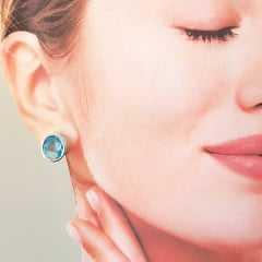 1-Brinco botão de cristal oval azul aquamarine - prateado