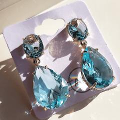 1-Brinco de cristais cor azul aquamarine