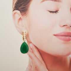 Conjunto verde esmeralda e pérolas - anel e brinco