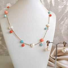 1-Conjunto Bella - colar curto colorido + brinco