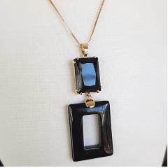 Conjunto cristal preto ônix formato retangular -colar e brinco cristal