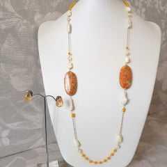 Conjunto de pedras naturais , pérolas e madrepérola colar + brinco