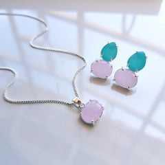 1-Conjunto prateado de colar + pulseira - com cristais coloridos - prateado